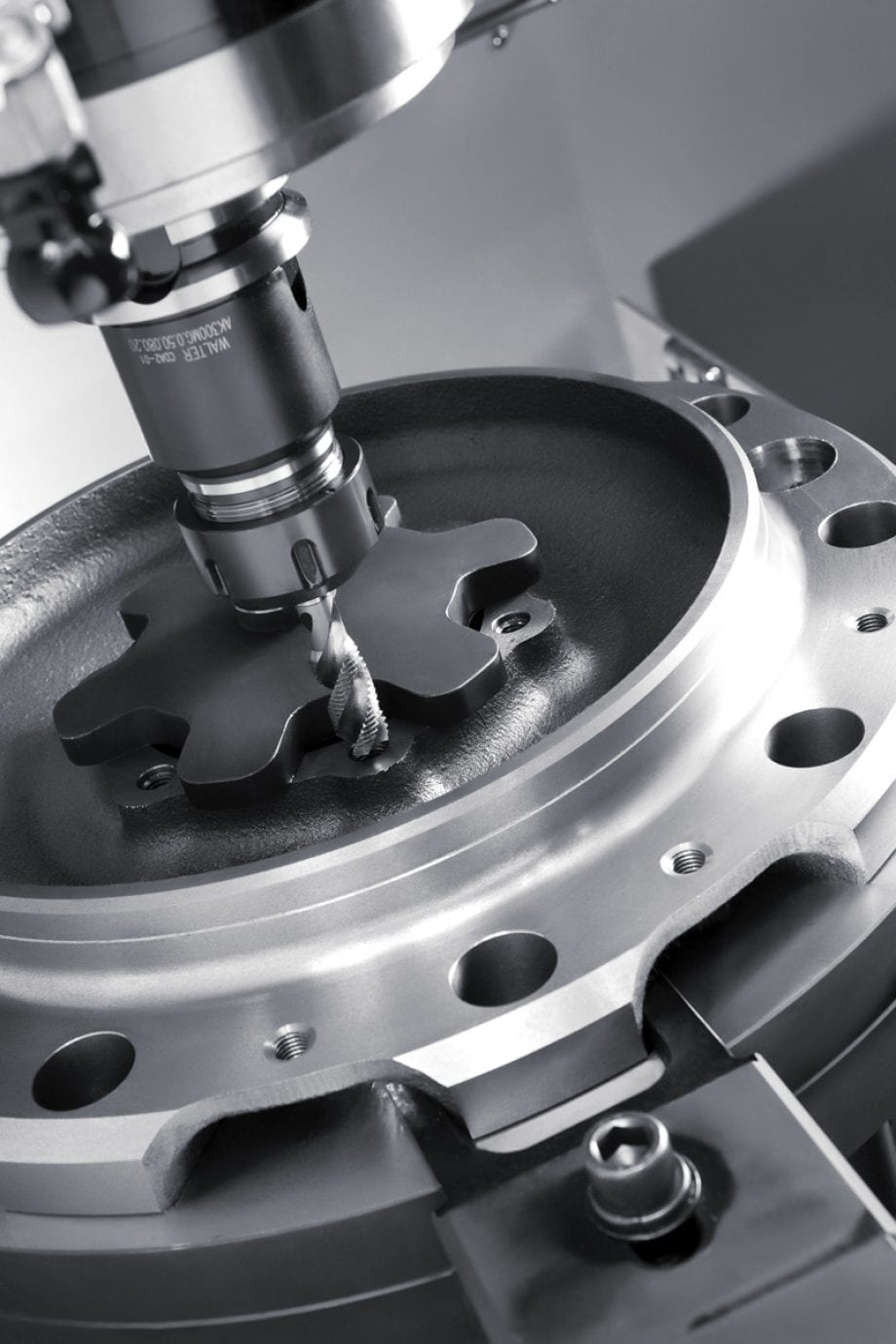 VERTICAL CNC MACHINING CENTER | VESTA 610D
